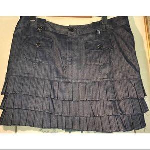 💌NWOT💋MOA💋pleated skirt